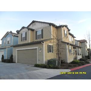 Townhouse for Rent in Soledad