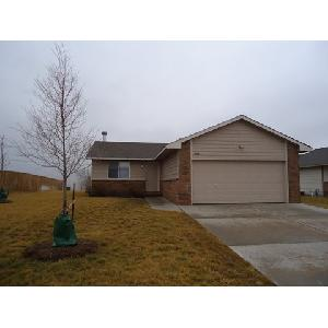 House for Rent in Goddard