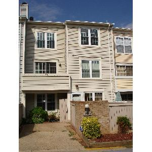 Townhouse for Rent in Montgomery Village