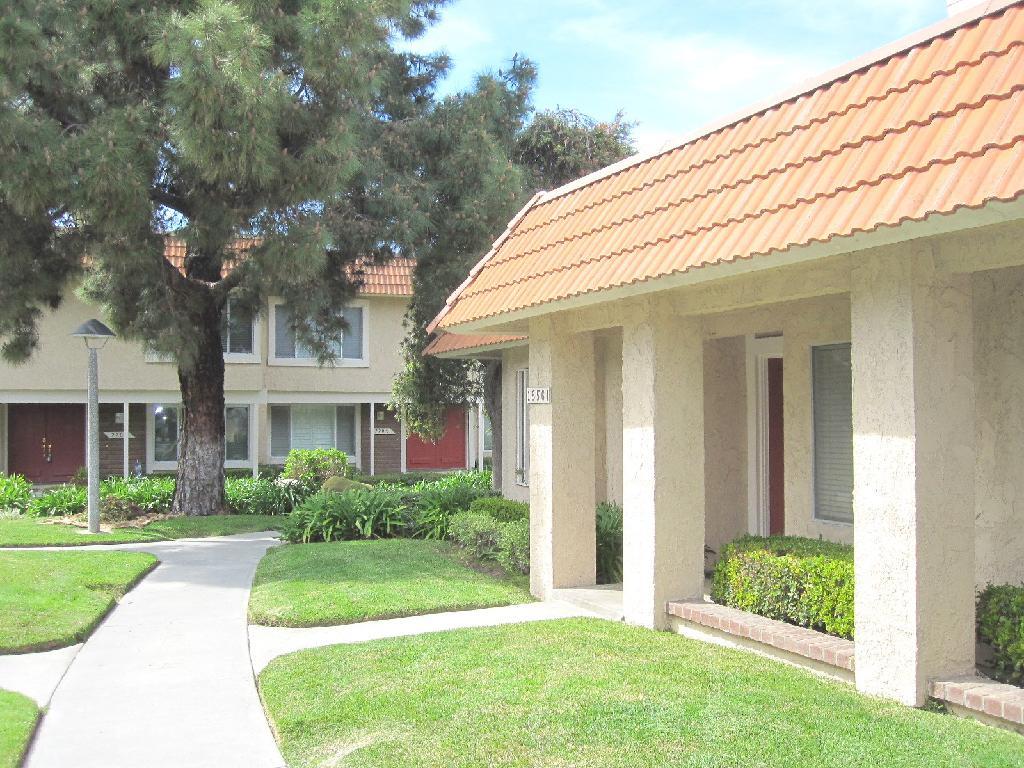 Condo for Rent in Huntington Beach