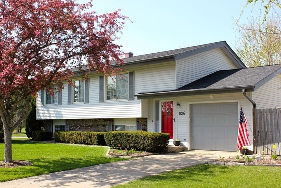 Pet Friendly for Rent in Crystal Lake